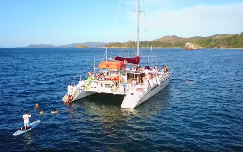 Catamaran Cruisers 66